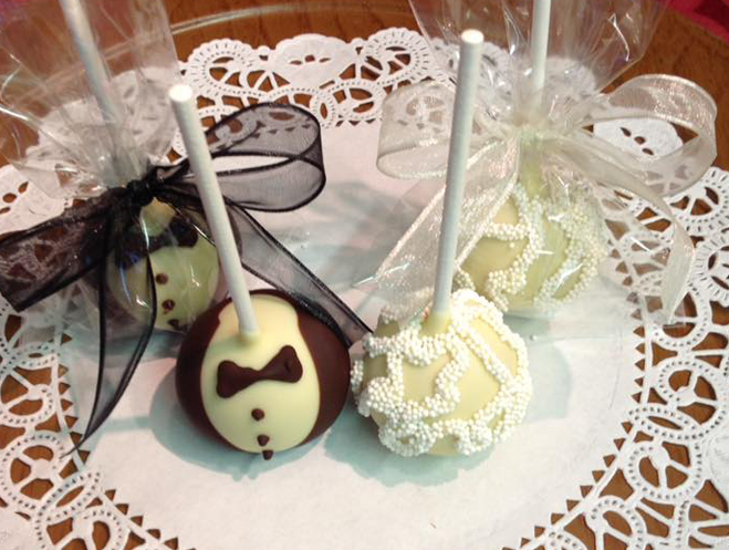 Bride and Groom Truffle Pops